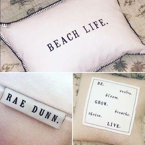 Rae Dunn Set of 2 Accent Pillows 💗